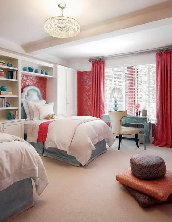 Интерьер детской комнаты в красном цвете
