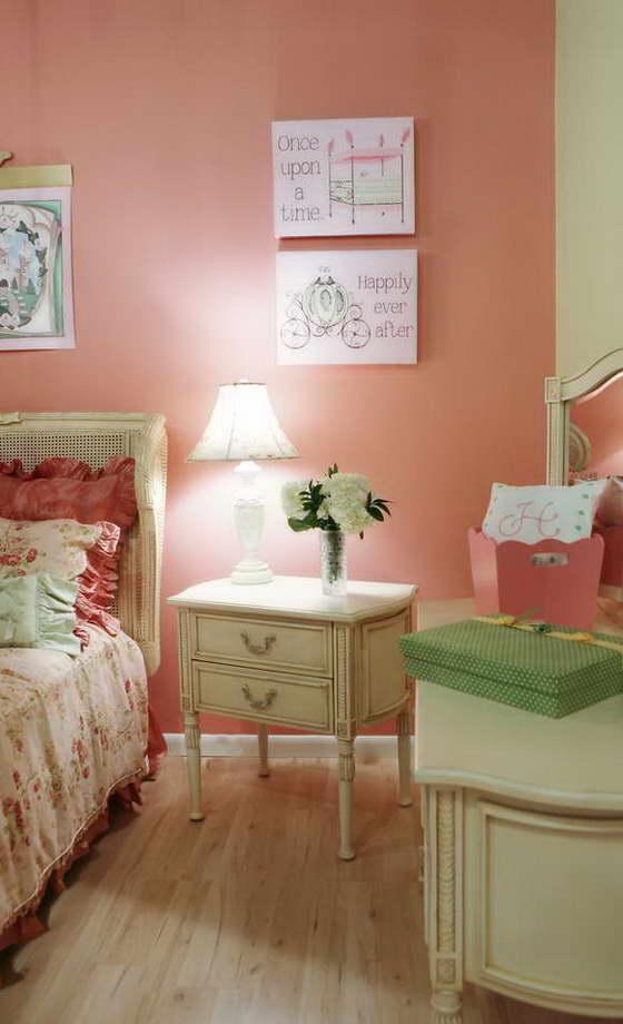 Интерьер детской комнаты в розовом цвете