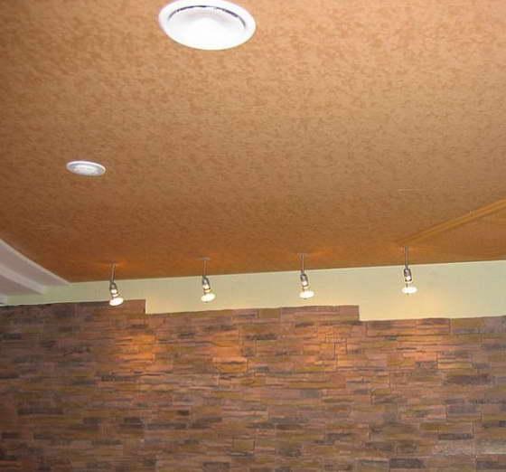 натяжные потолки с узорами