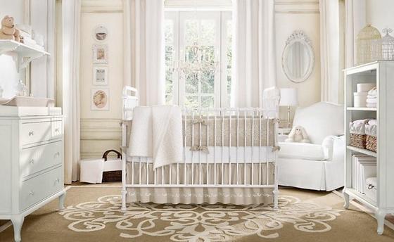 маленькая детская комната для новорожденного