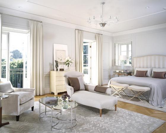 белая кровать в интерьере спальни фото