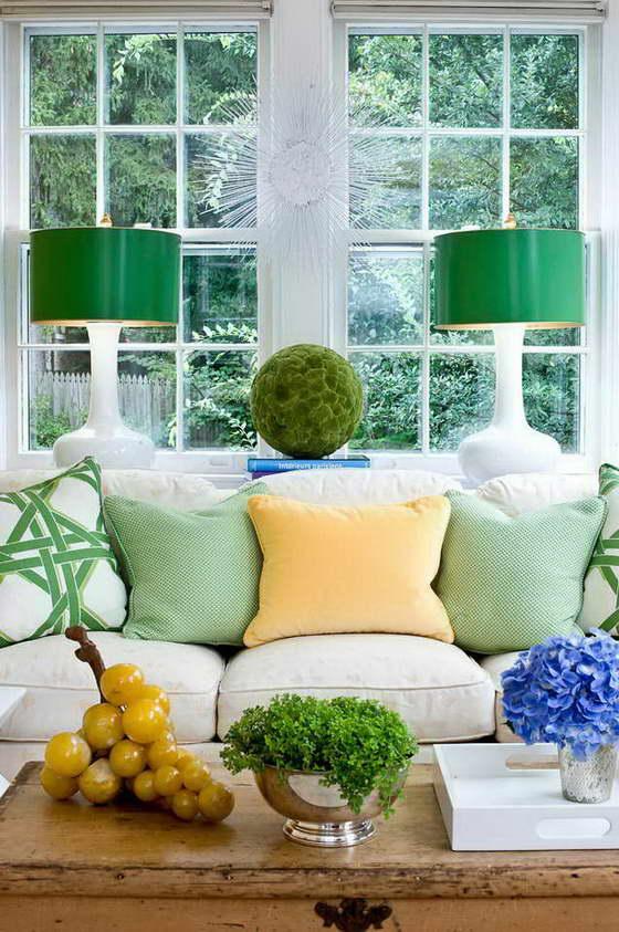 интерьер кухни в зеленых цветах